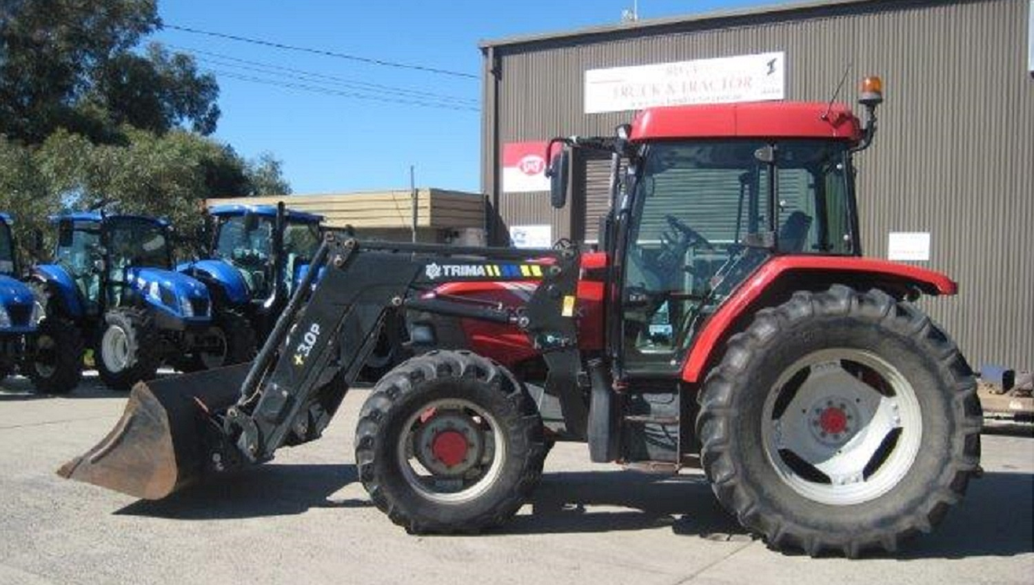 McCormick CX105 4WD Tractor