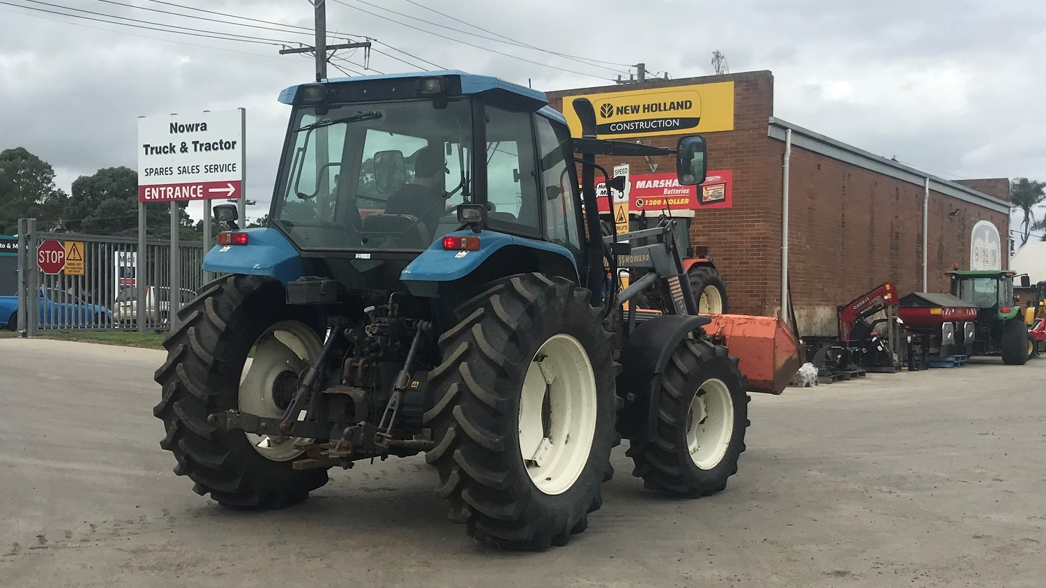 New Holland TS90 Cab Tractor